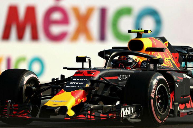 Max Verstappen á æfingunni í Mexíkó í dag.