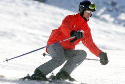 Michael Schumacher naut þess að renna sér á skíðum.
