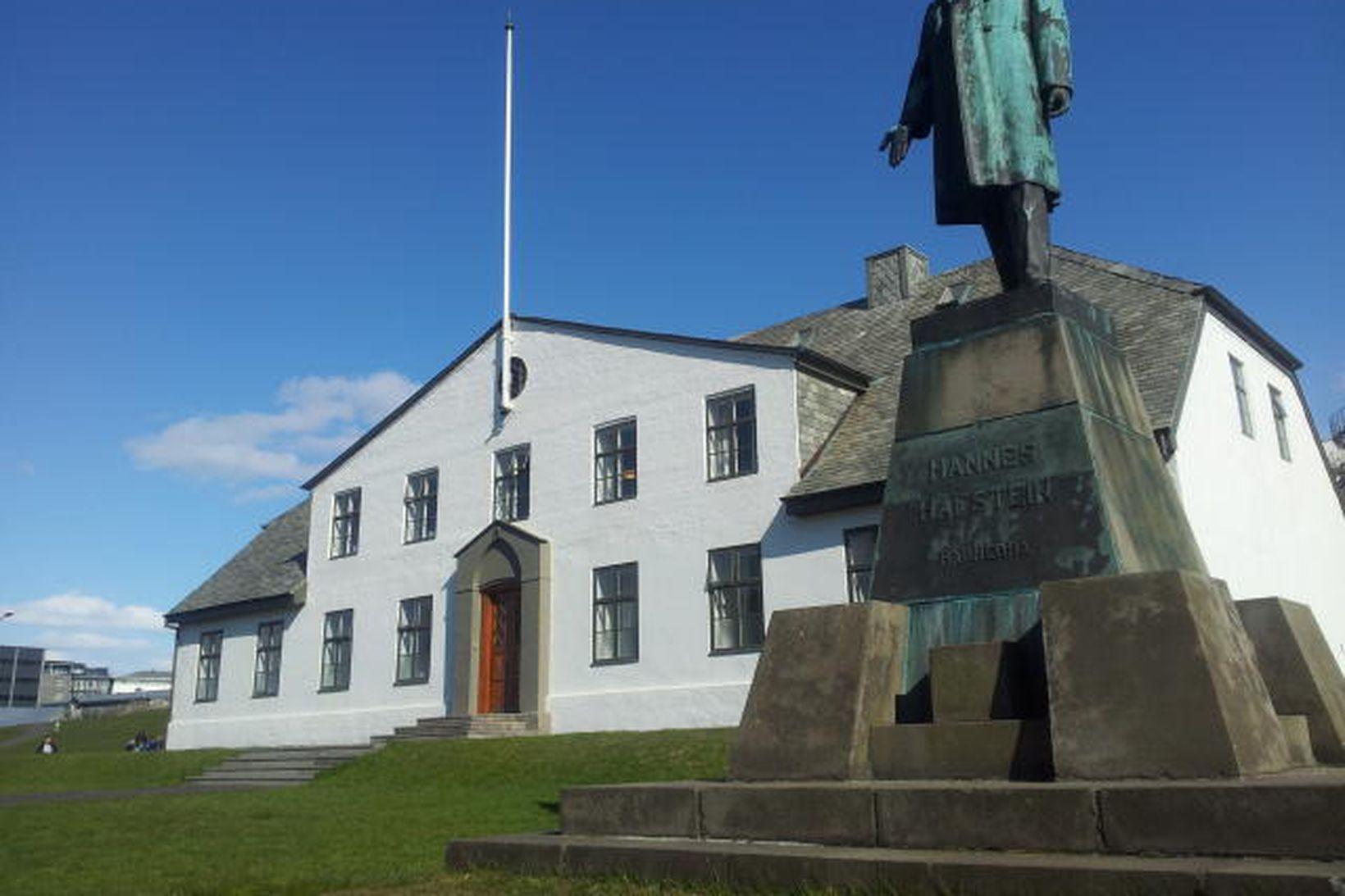 Góð afkoma skýrist að mestu af 384,3 milljarða króna stöðugleikaframlagi …