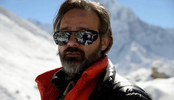Ný stikla úr Everest