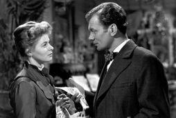 Ingrid Bergman ásamt Joseph Cotten í kvikmyndinni Gaslight. Boðskapur myndarinnar á ennþá við að mati …