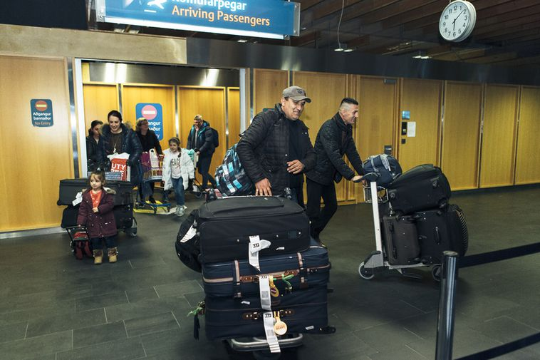 Refugees from Syria arriving in Iceland.