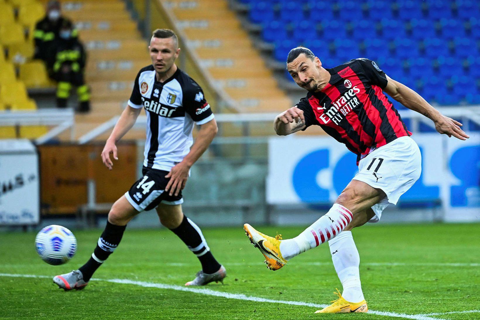 Zlatan Ibrahimovic í leik gegn Parma um síðustu helgi.