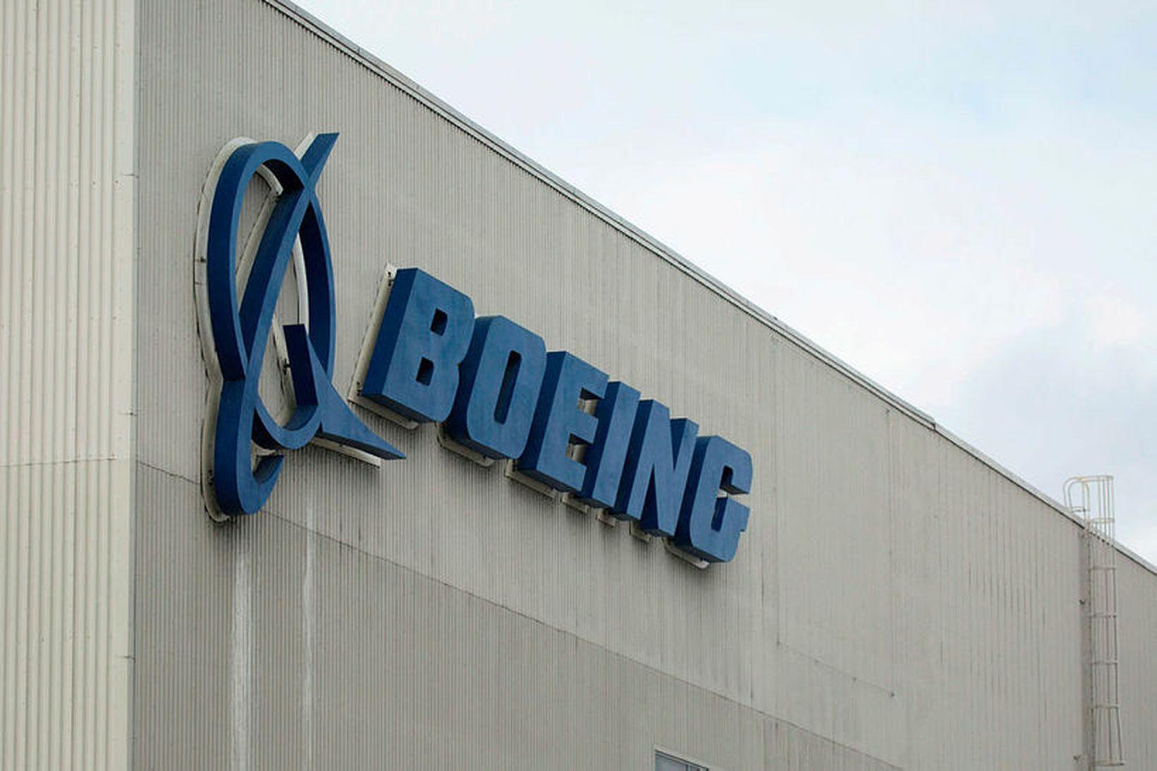 Boeing á enn eftir að leggja endanlega útgáfu hugbúnaðarbreytinganna fram, …