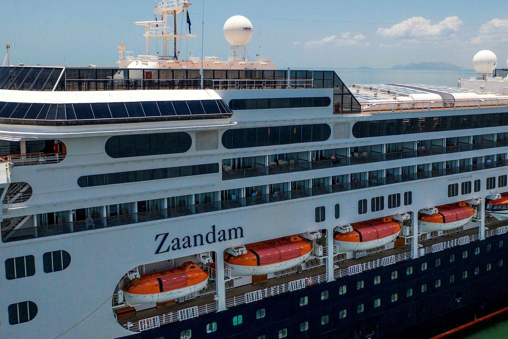 MS Zaandam er nú í Panama, eftir að hafa verið …
