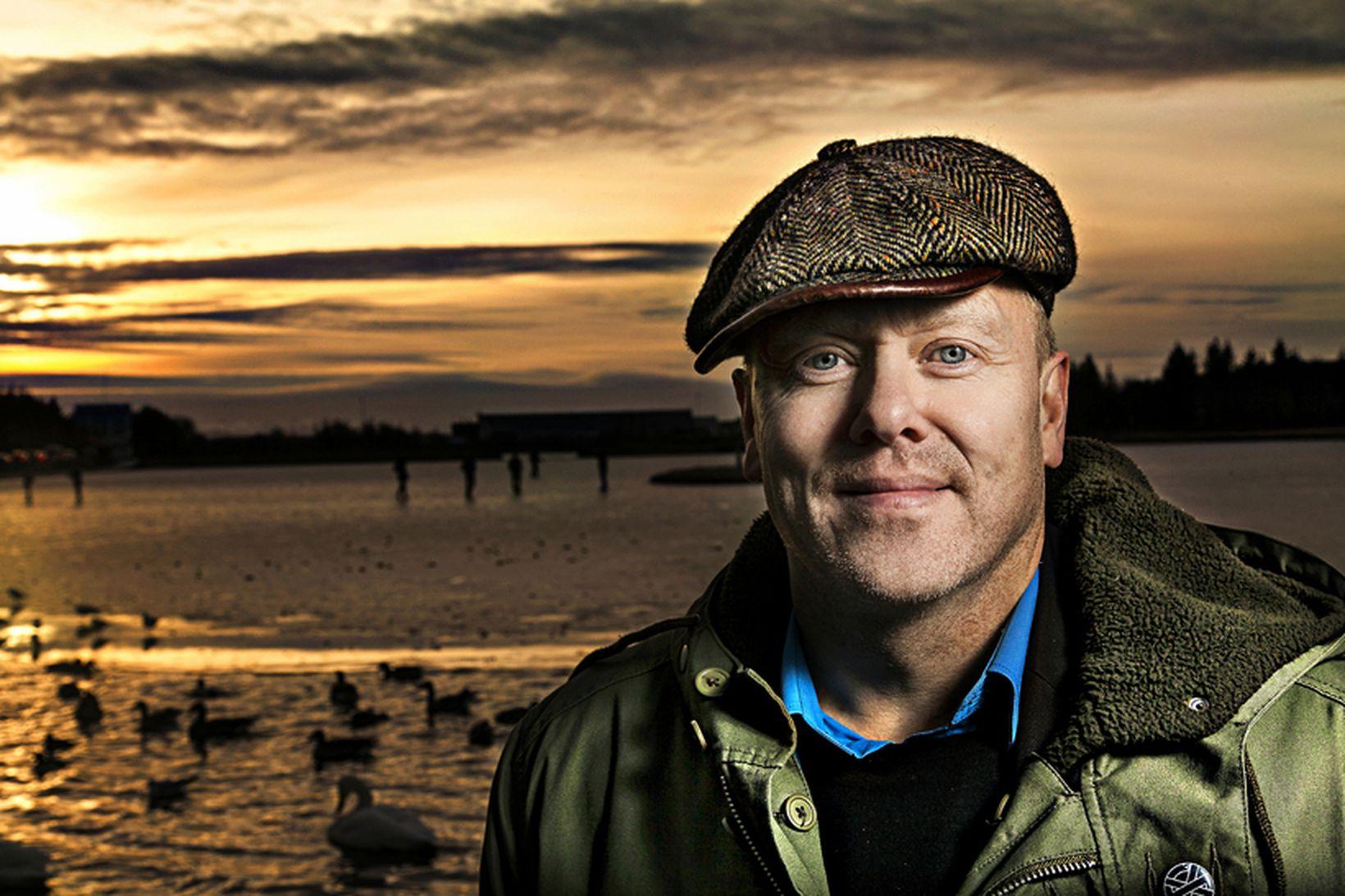 Jón Gnarr er spenntur fyrir því að fara með erlenda …
