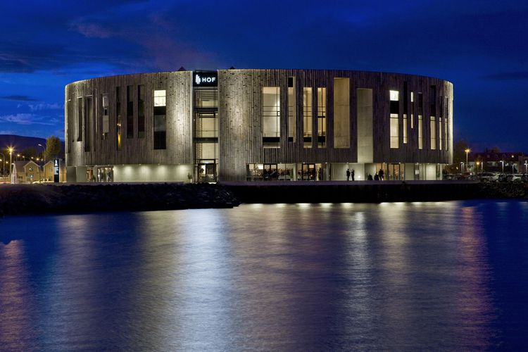 Hof Cultural Center