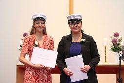 Áslaug Munda Gunnlaugsdóttir og Nína Ann M Guðmundsdóttir, sælar og glaðar.