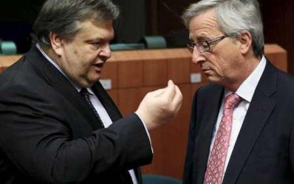 Evangelos Venizelos, fjármálaráðherra Grikkja, og Jean-Claude Juncker í Brussel í ...