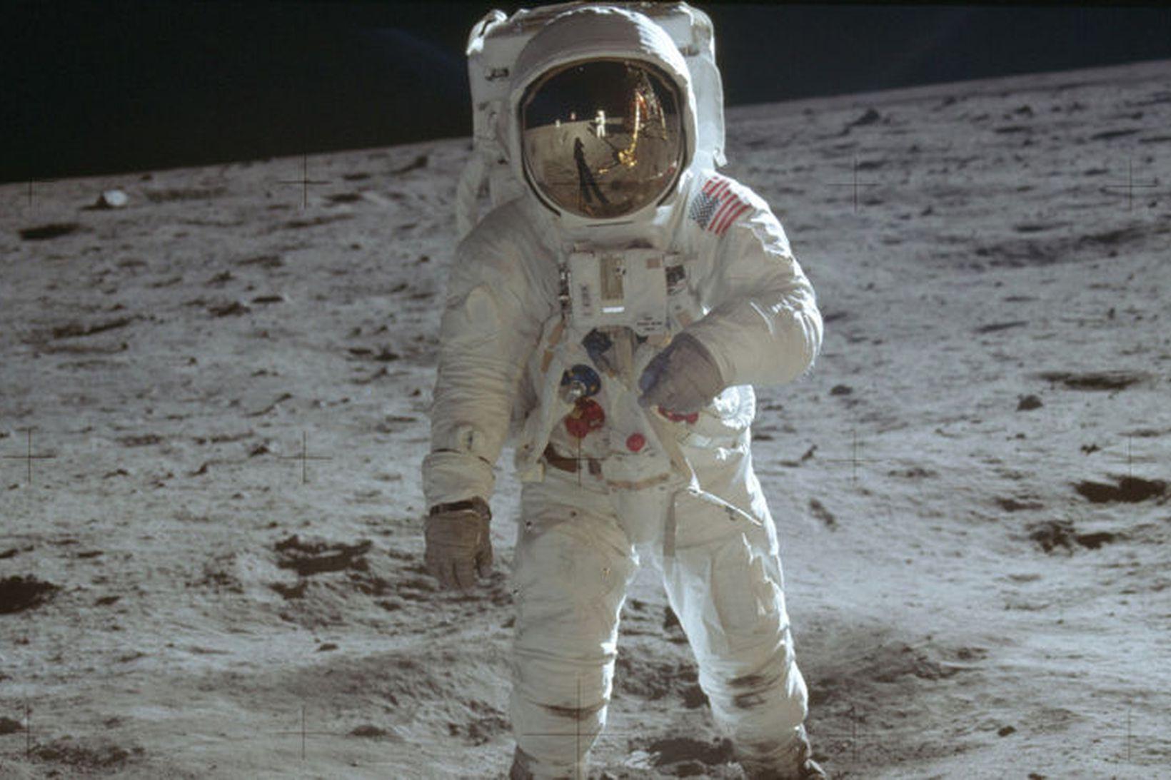 Buzz Aldrin á tunglinu 20. júlí 1969. Það er ekki …