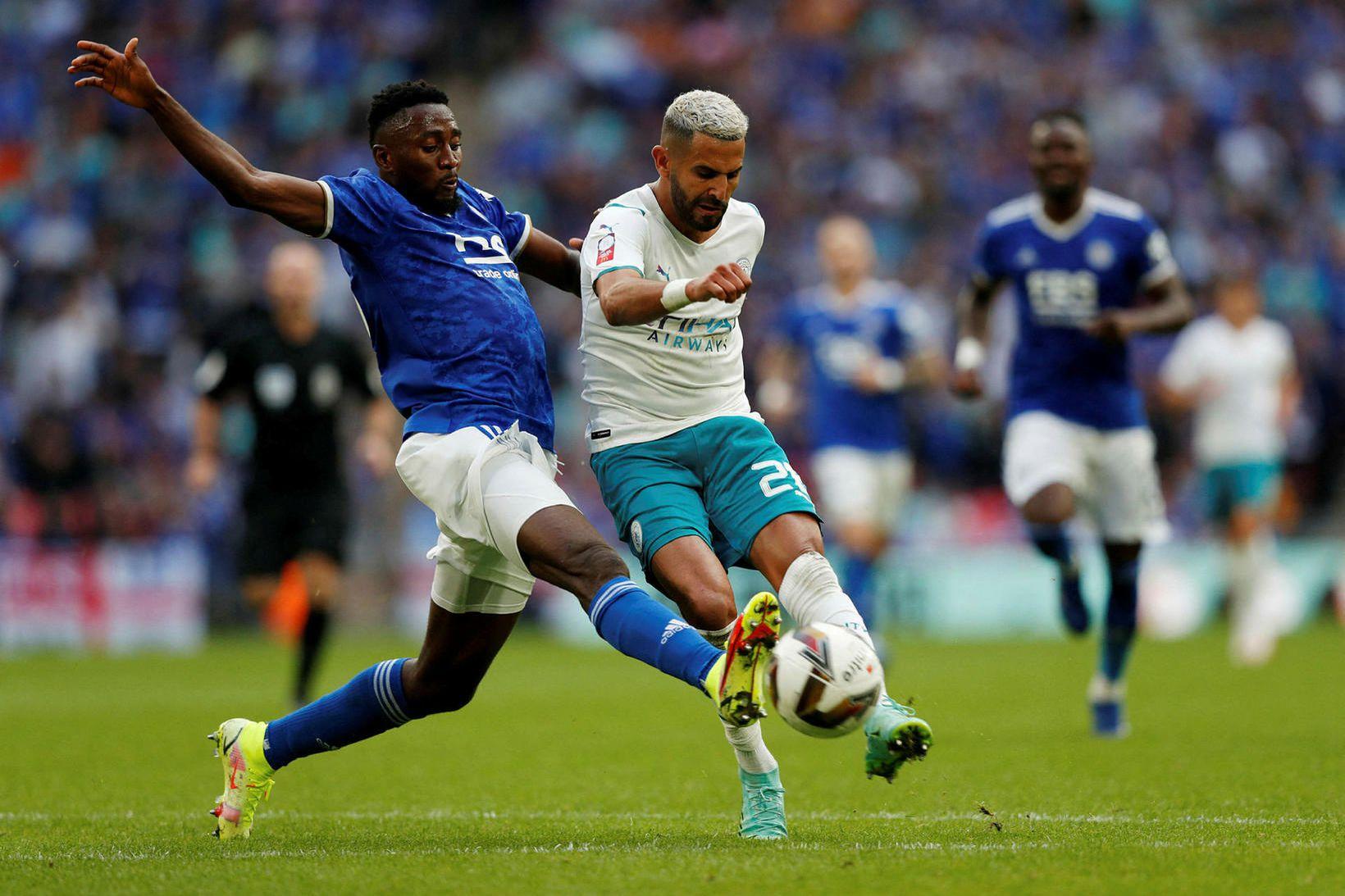 Wilfred Ndidi hjá Leicester og Riyad Mahrez hjá Manchester City …
