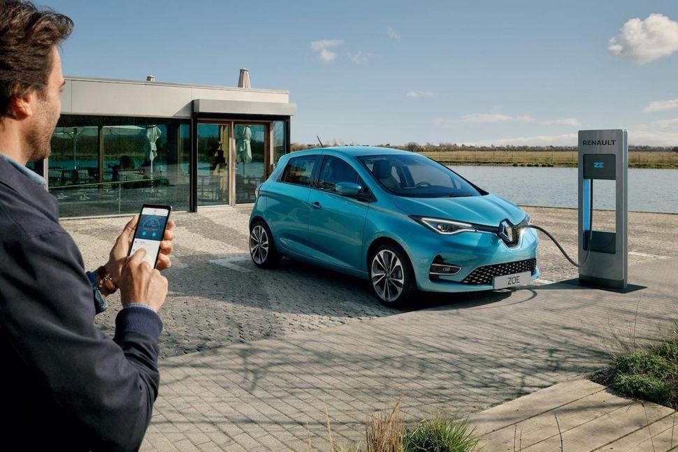 Hinn nýi Renault Zoe verður frumsýndur hjá BL á morgun, ...