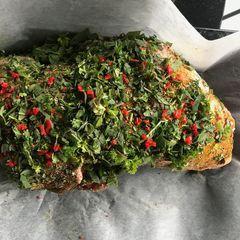 Fyllt lambalæri með kryddjurtum og fetaosti