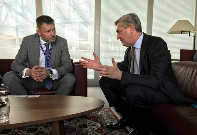 Þorsteinn Víglundsson with Filippo Grandi in Geneva.