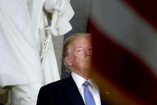 Donald Trump Bandaríkjaforseti segist ekki hafa skipt um skoðun varðandi múr á landamærum Mexíkó.