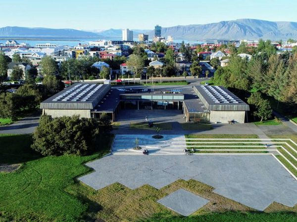 The new square at Kjarvalsstaðir.