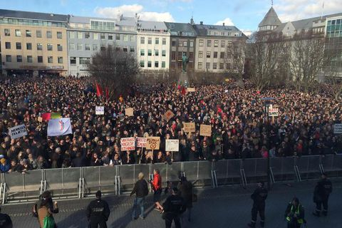 Protestor swarmed into central Reykjavik today.