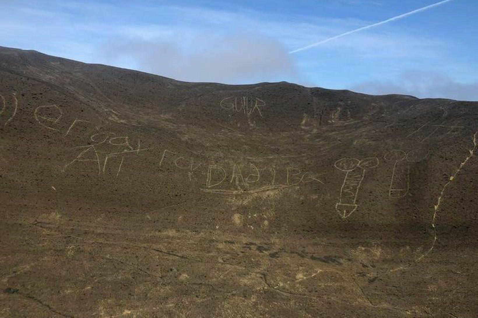 """""""Þar sem jökulinn ber við loftið hættir landið að vera …"""