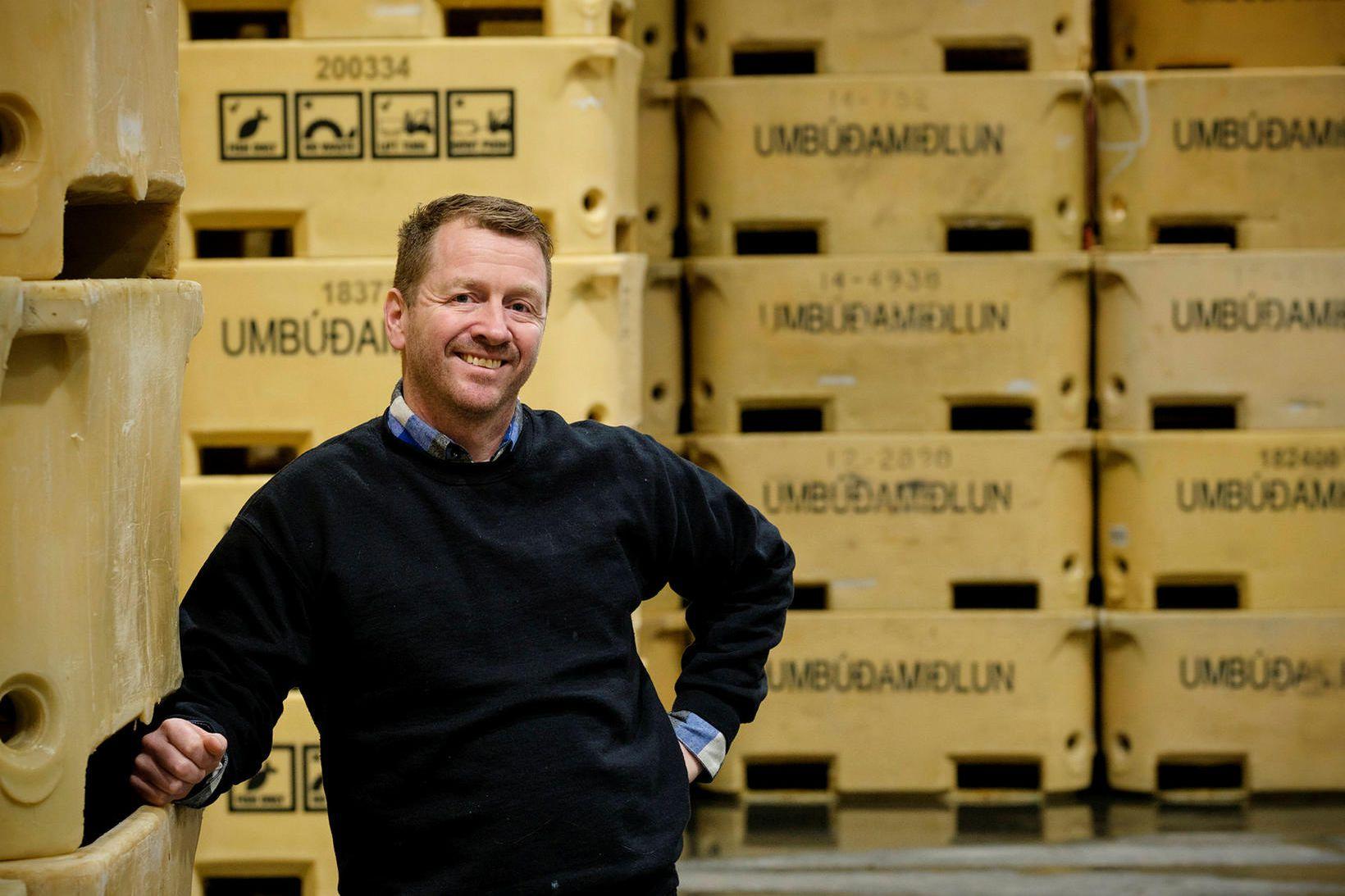 Brynjar Guðmundsson ferðast um landið og hefur eftirlit með meðferð …