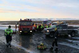 Sjö erlendir ferðamenn slösuðust í bílslysi á Skeiðarársandi á föstudag, þar af þrír alvarlega.