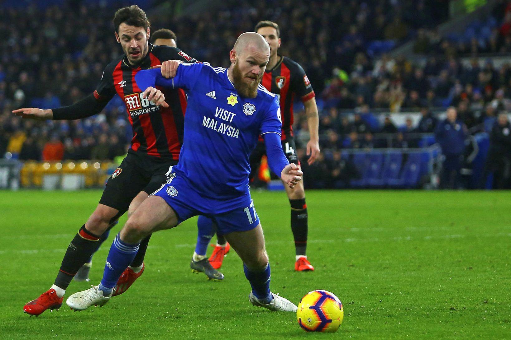Aron Einar Gunnarsson lék með Peter Whittingham hjá Cardiff.