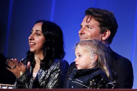 Bradley Cooper mætti með dóttur sína Leu De Seine Shayk Cooper.