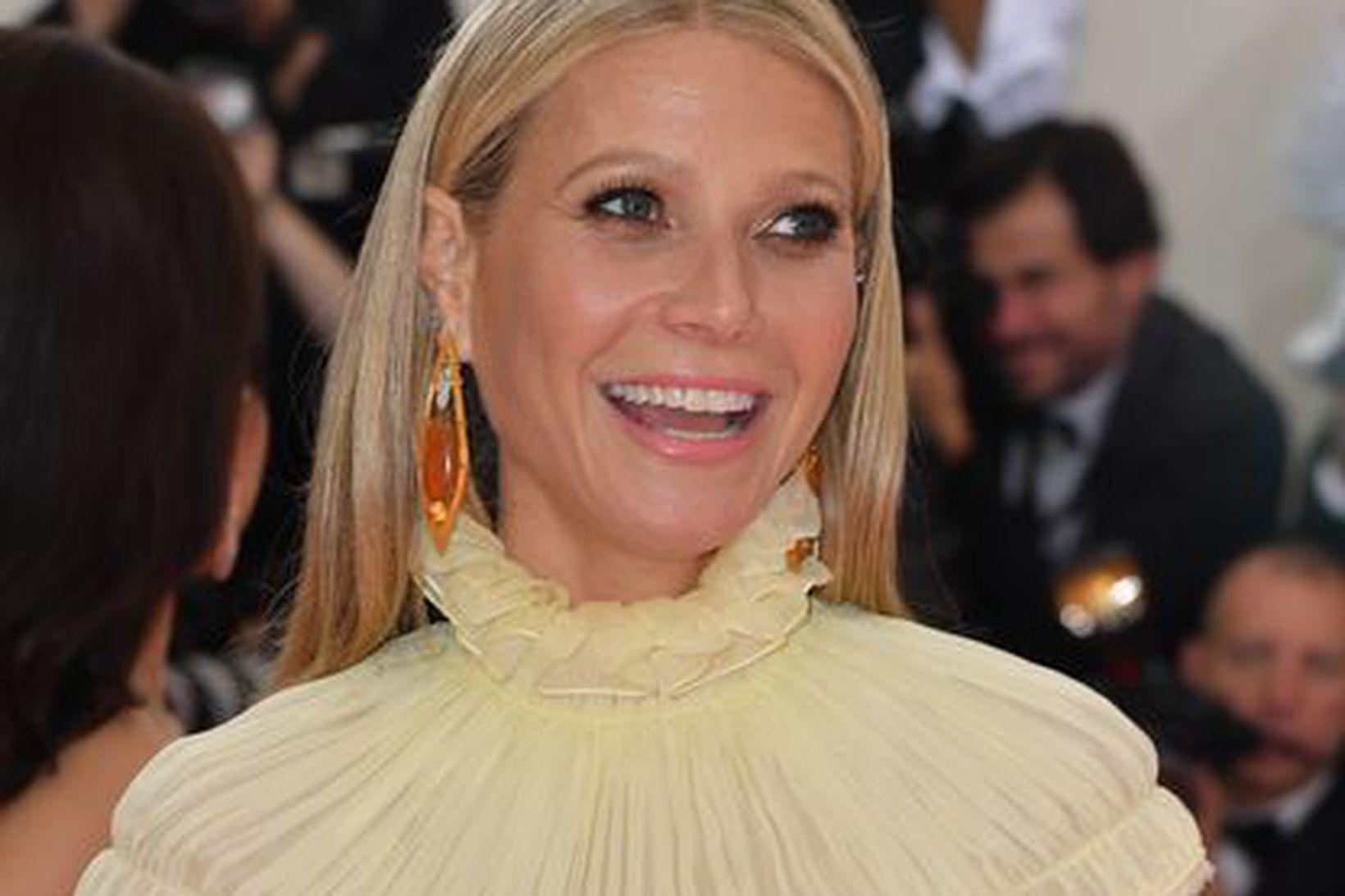 Gwyneth Paltrow er mikið fyrir dagbækur. Hún mælir með að …