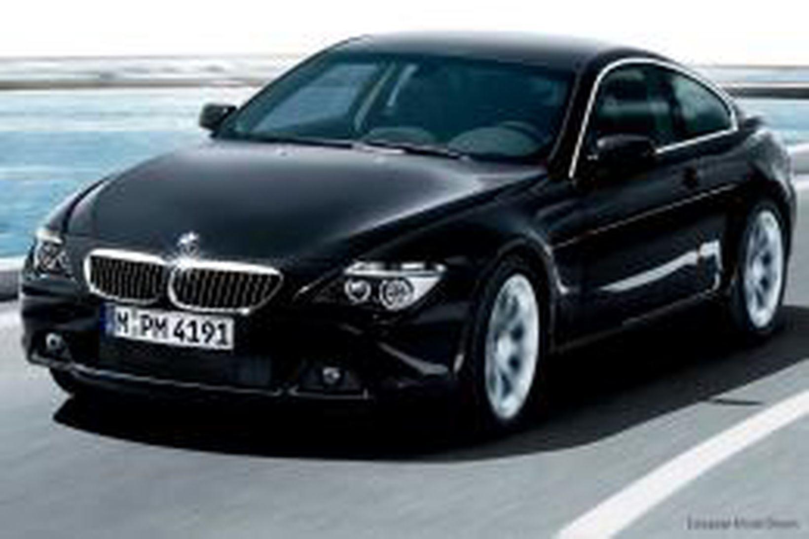 Drengurinn, sem er 11 ára, var á BMW.
