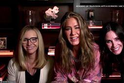 Lisa Kudrow, Jennifer Aniston og Courteney Cox komu saman á Emmy-verðlaunahátíðinni.