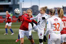 Ásdís Karen Halldórsdóttir skoraði þrennu gegn Keflavík í kvöld.