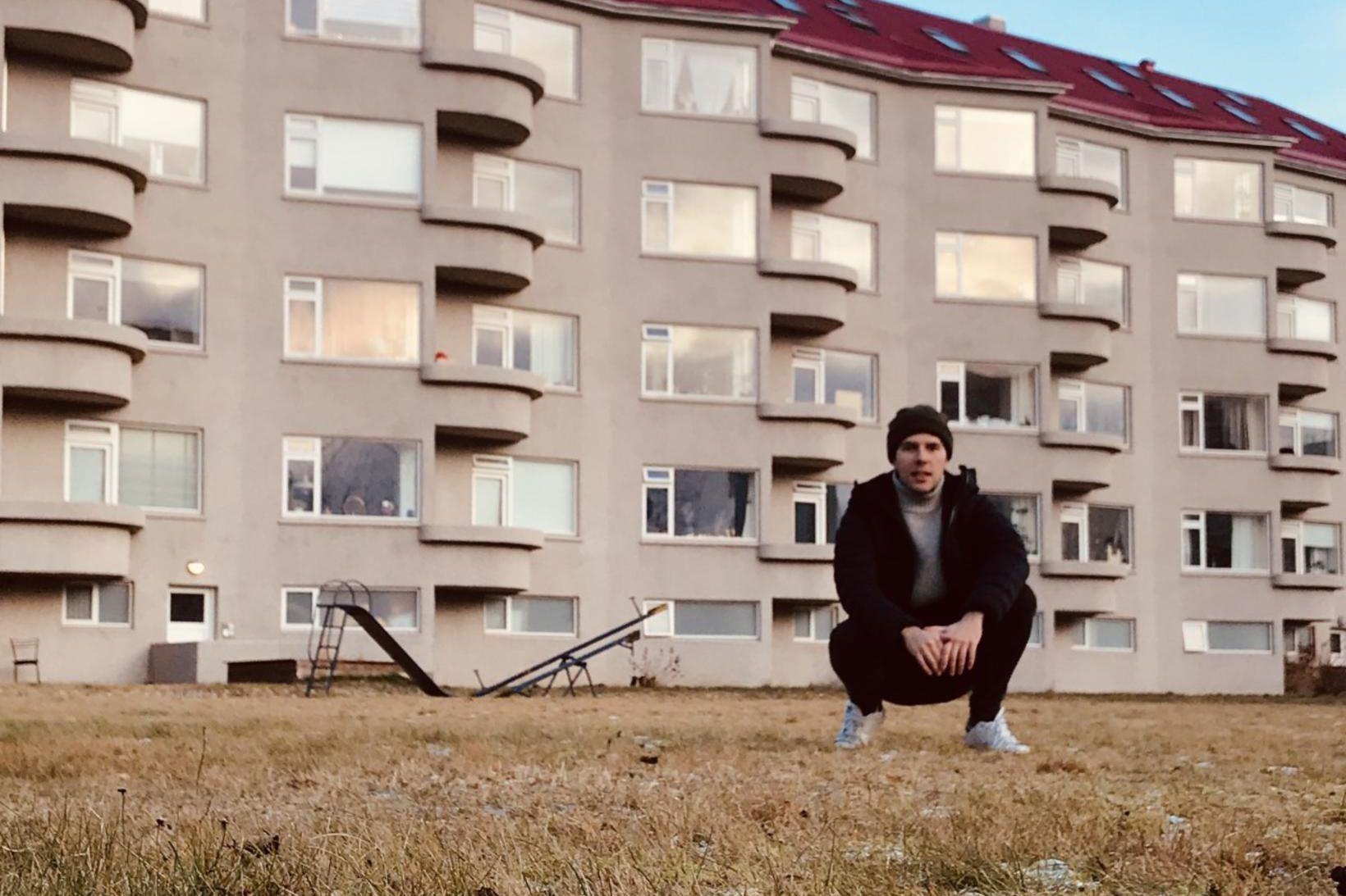 Karl F. Sævarson heldur úti Instagram-síðunni Blokkir eru bestar. Þessi …