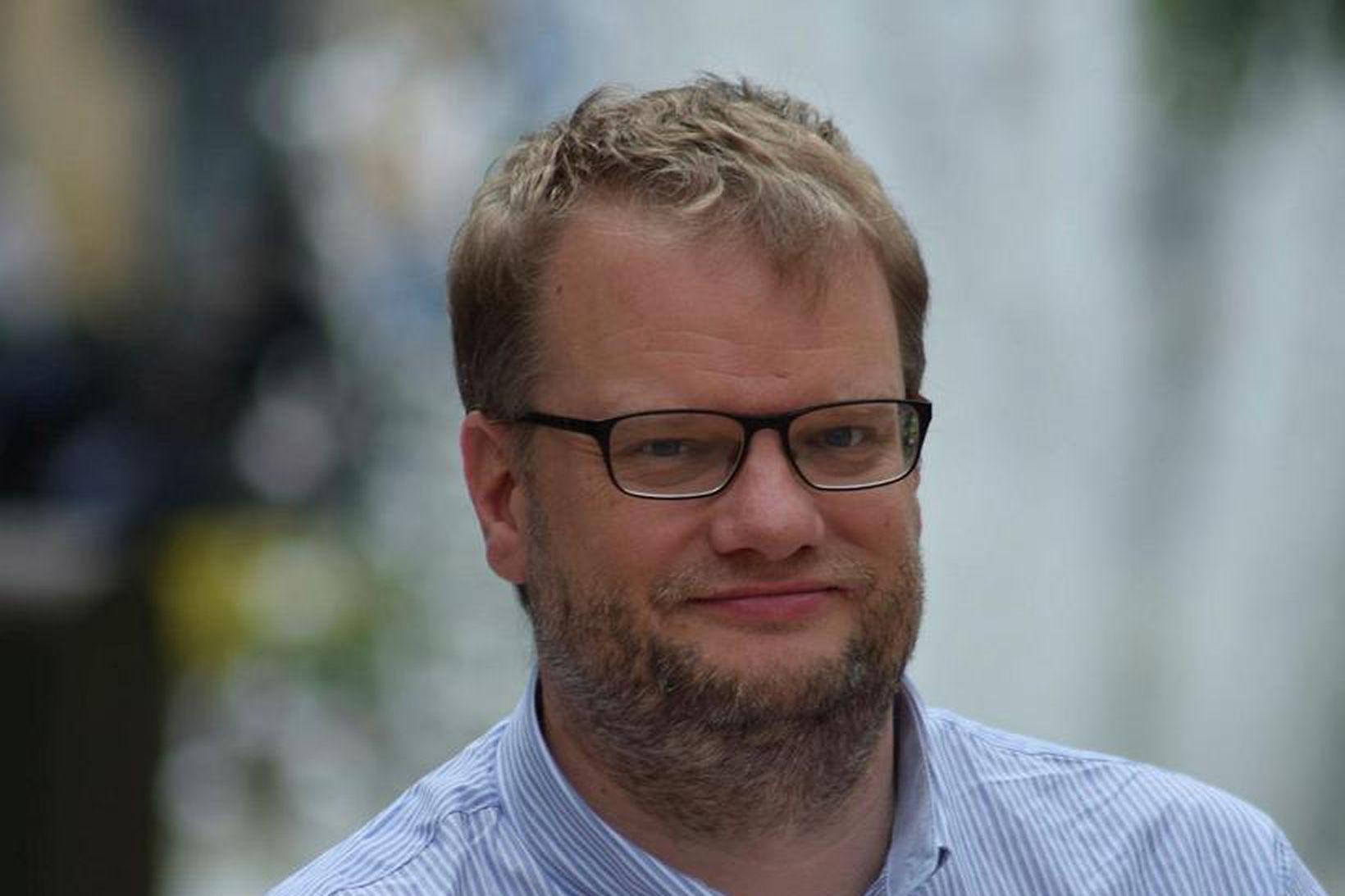 G. Sverrir Þór hagfræðingur.