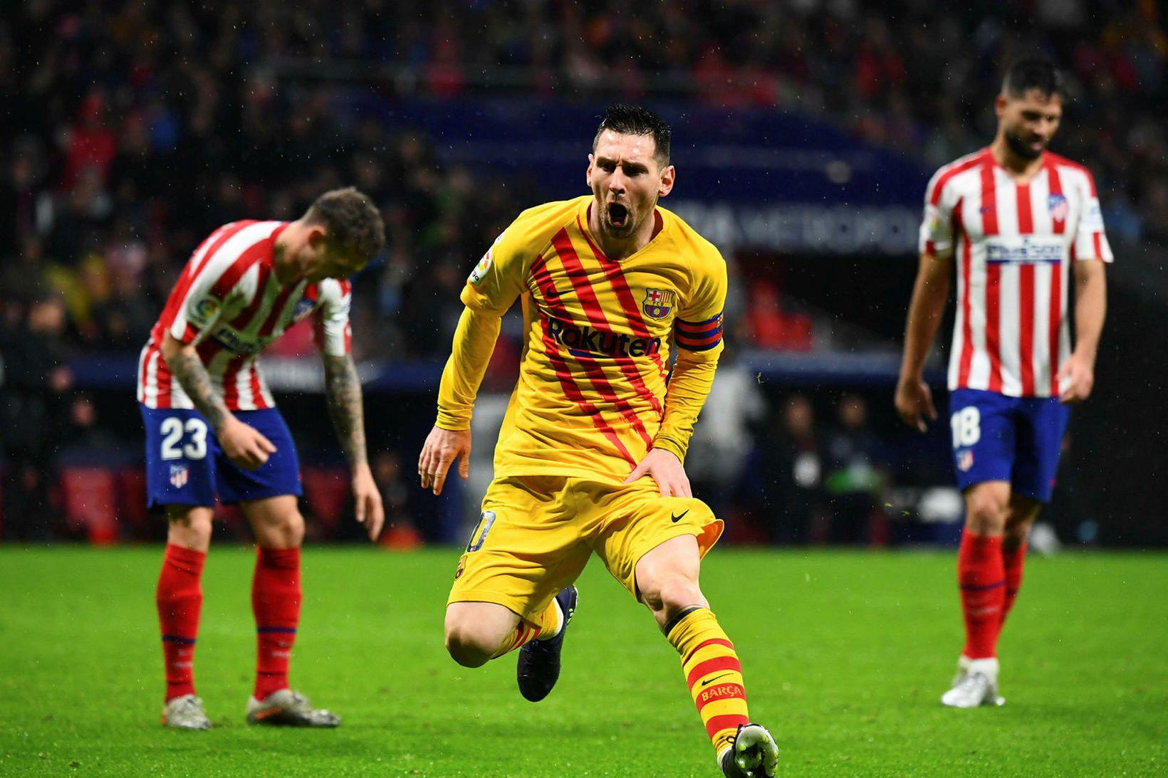 Lionel Messi fagnar sigurmarkinu.