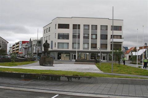 Akranes - Bus Stop (Akratorg) - Strætó/Public Transport