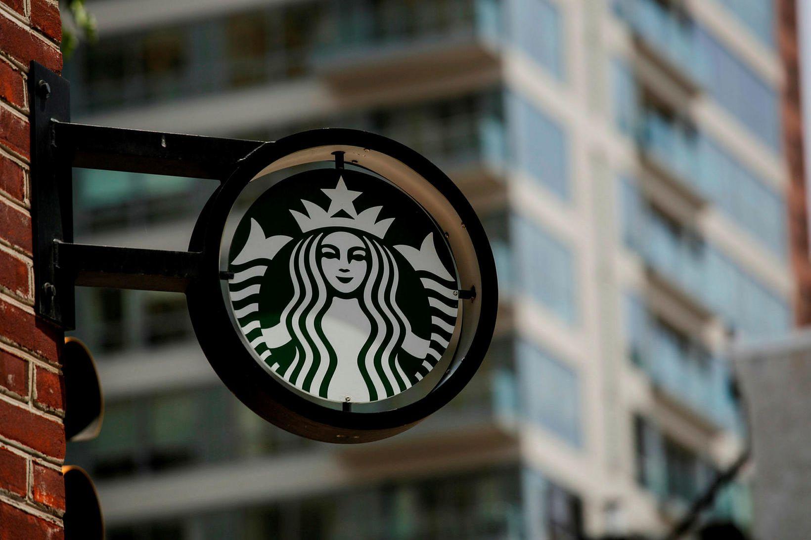 Starfsmaður Starbuck's í San Diego sló í gegn með því …