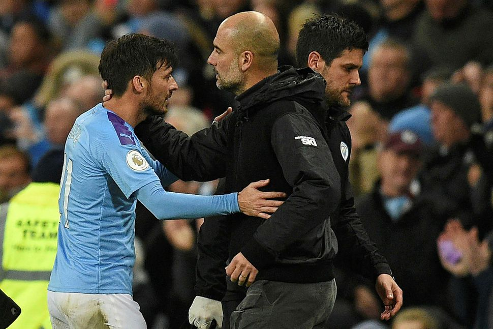 David Silva fer frá Manchester City í vor og Pep ...
