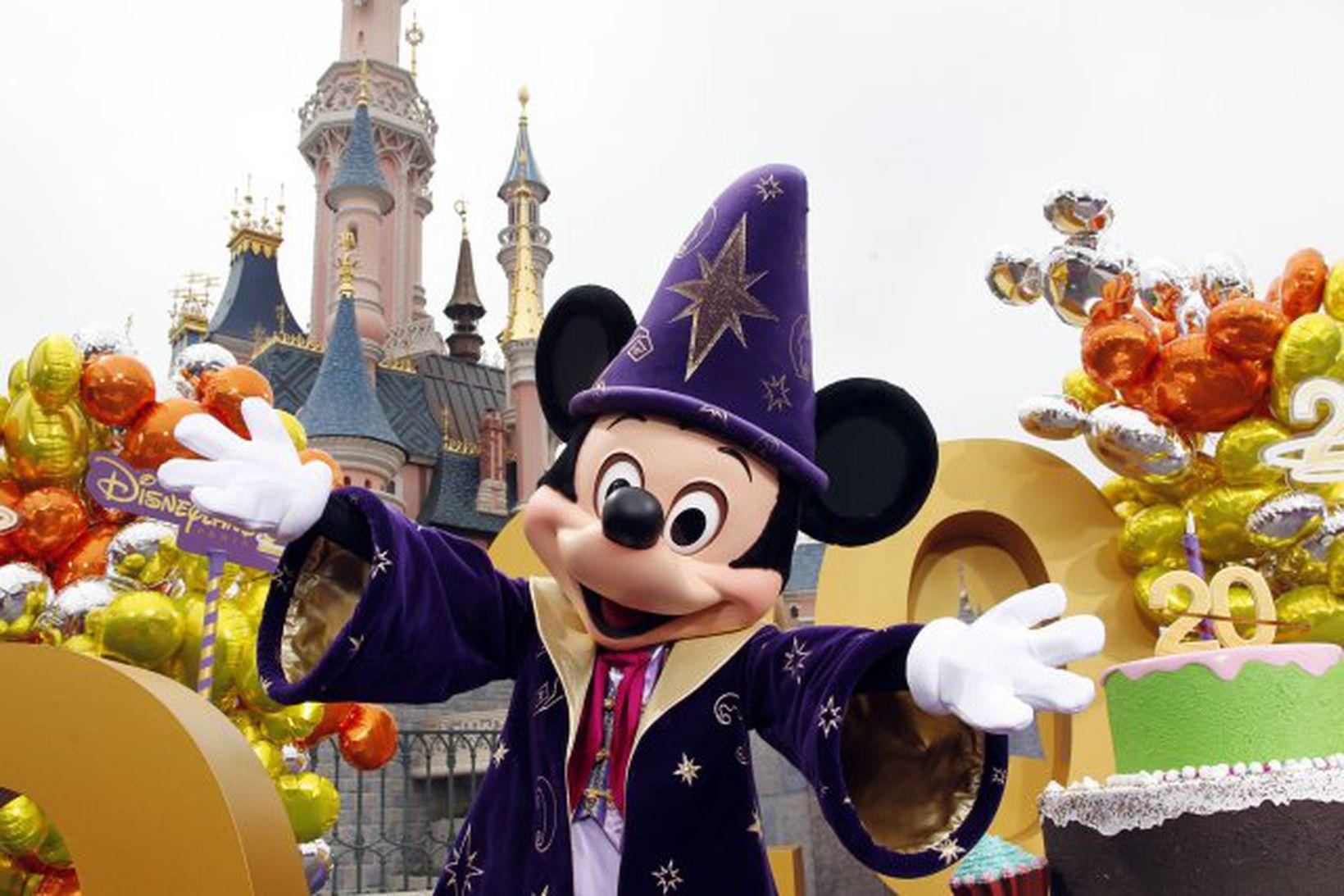 Miðaverð í Disneyland hefur hækkað umtalsvert á síðustu árum.
