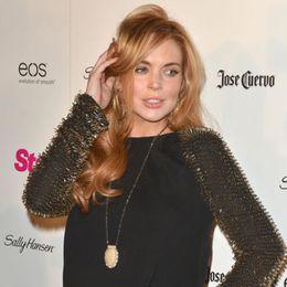 Lindsay Lohan leikur Elizabeth Taylor í nýrri mynd.
