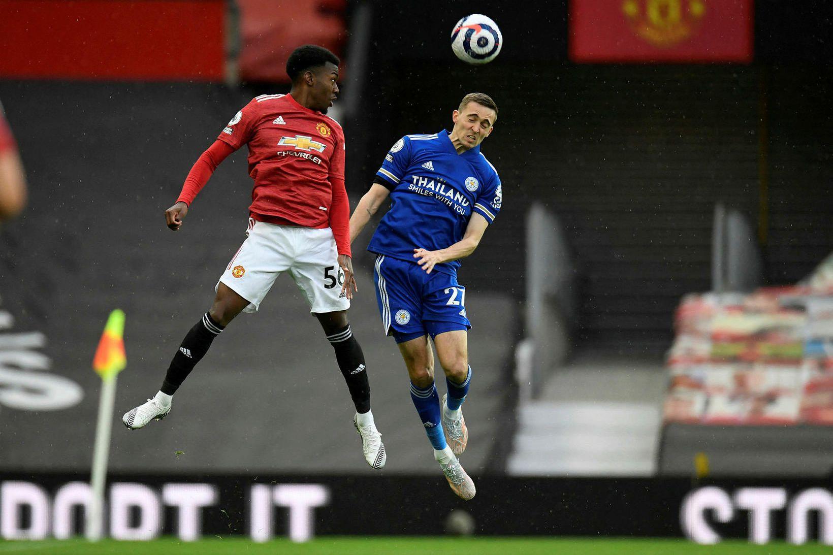 Anthony Elanga í leik með Manchester United gegn Leicester City …