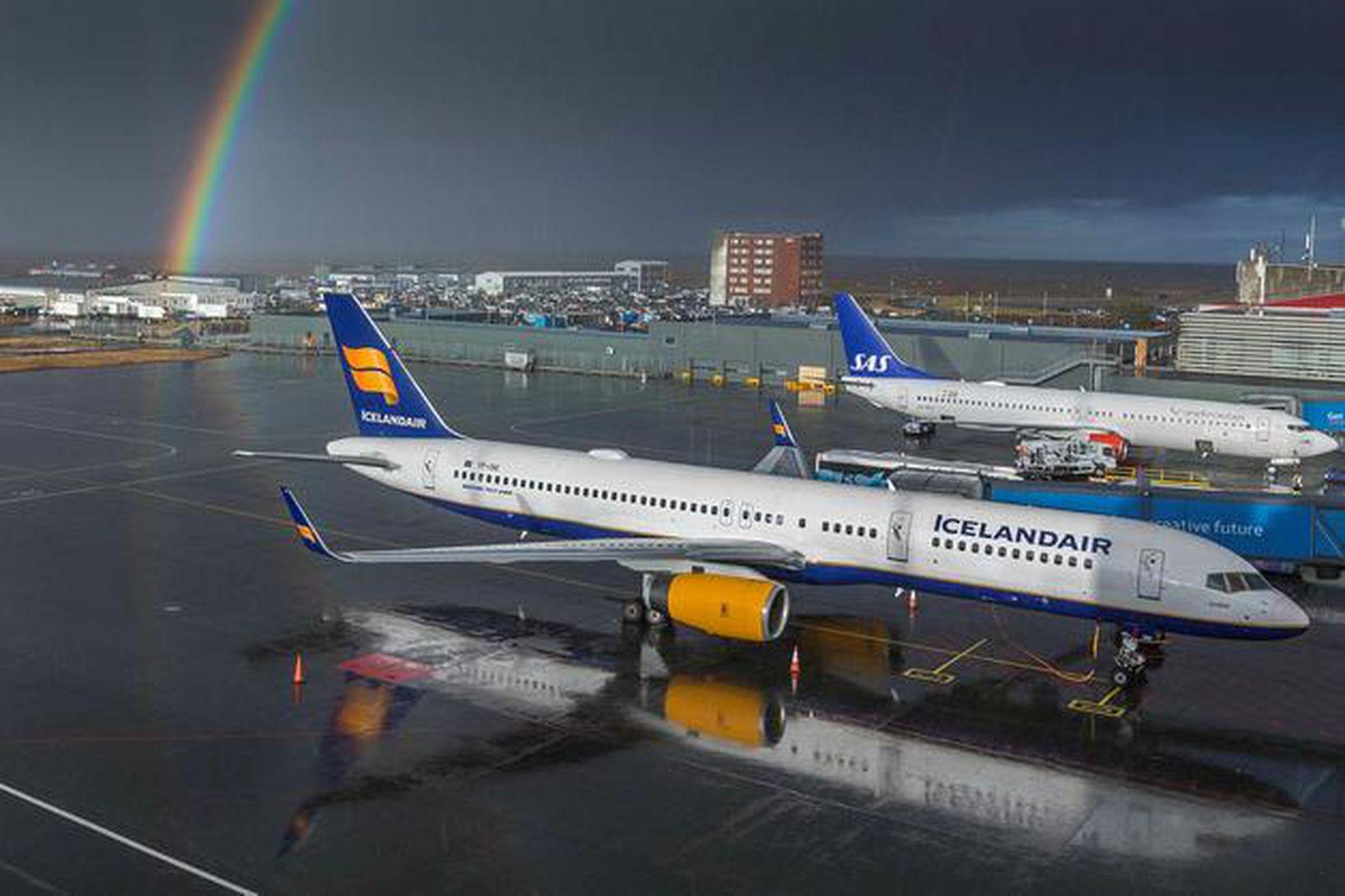Icelandair þotur á Keflavíkurvelli