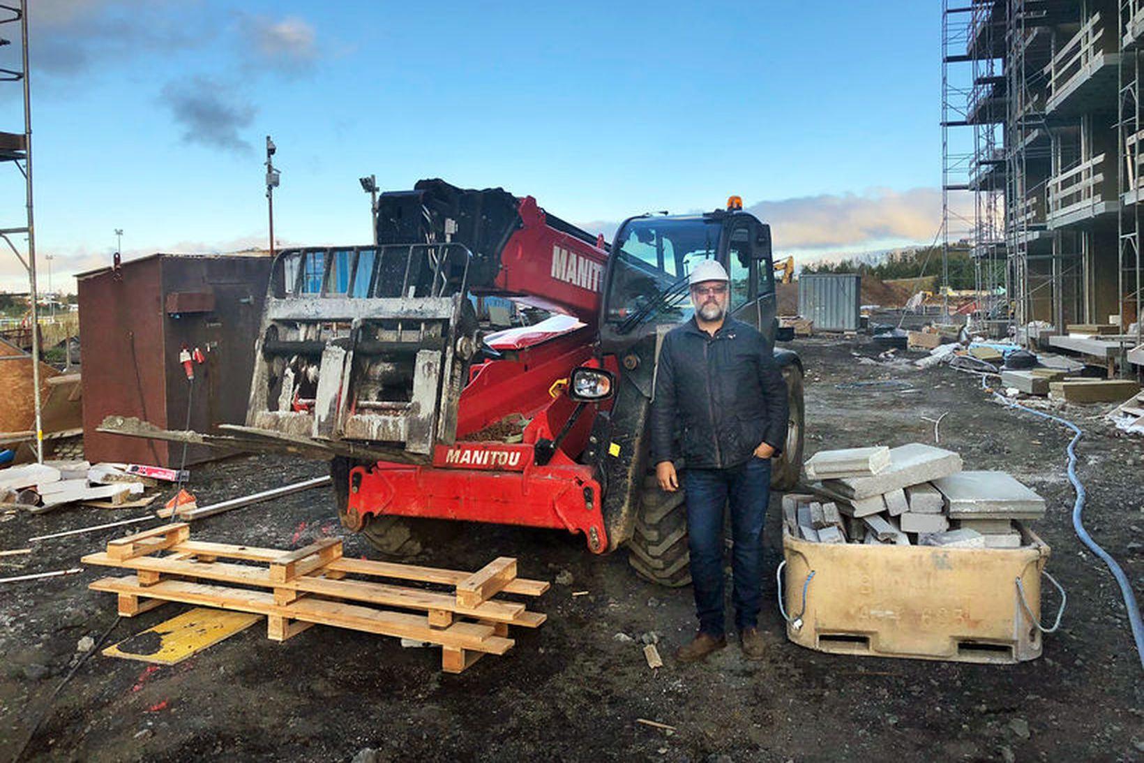 Vignir S. Halldórsson hefur langa reynslu af byggingamarkaðnum.