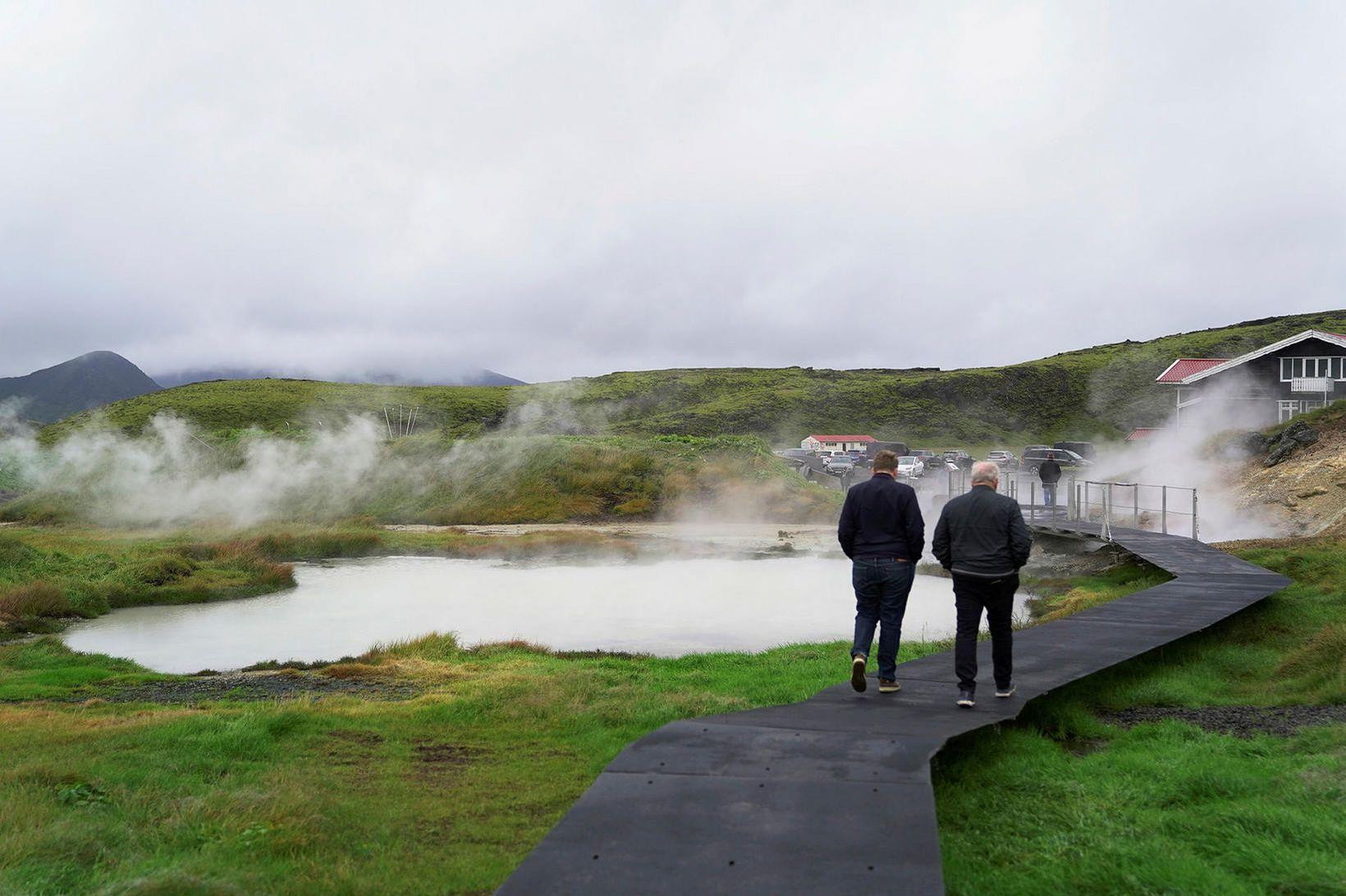 Stígarnir svífandi valda engu jarðraski og vernda viðkvæmt svæði.