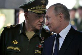 Sergei Shoigu og Vladimir Pútín.