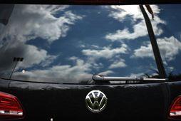 Ský vandræða hrúgast upp hjá Volkswagen.