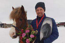 Jóhann Kristinn Ragnarsson og Þórvör frá Lækjarbotnum.