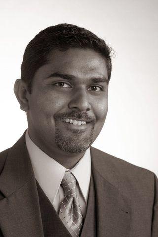 Bala Kamallakharan stendur fyrir Startup Iceland.
