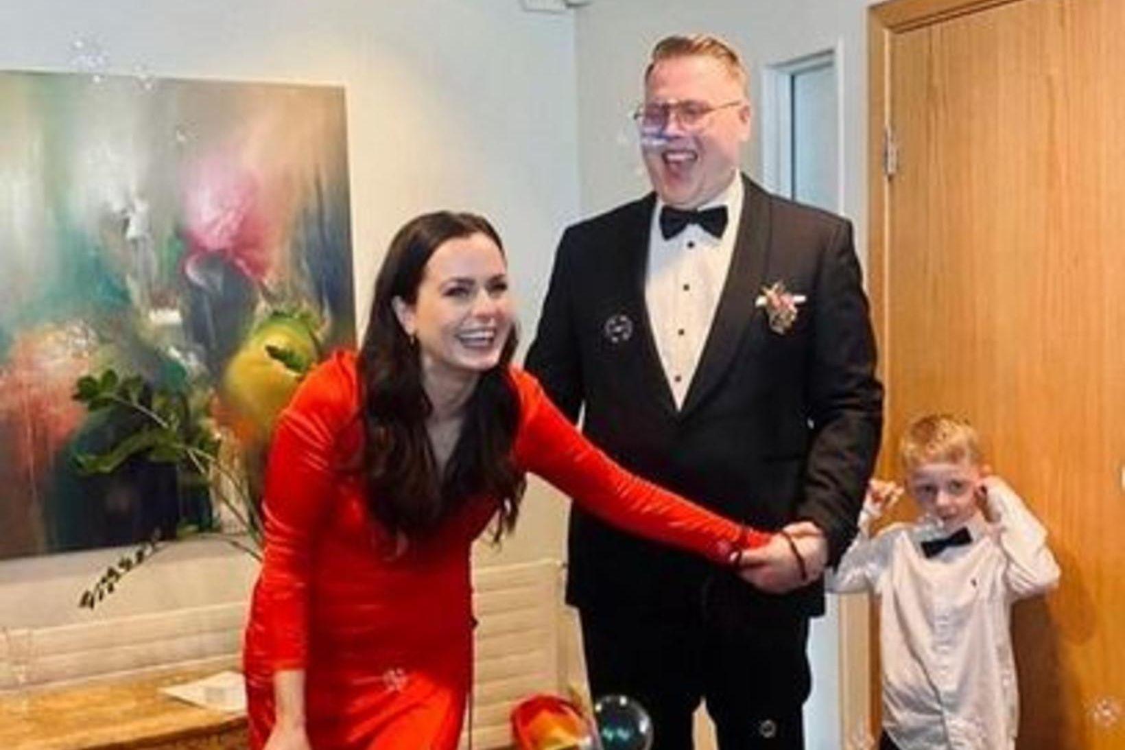 Erla og Frosti giftu sig í gær