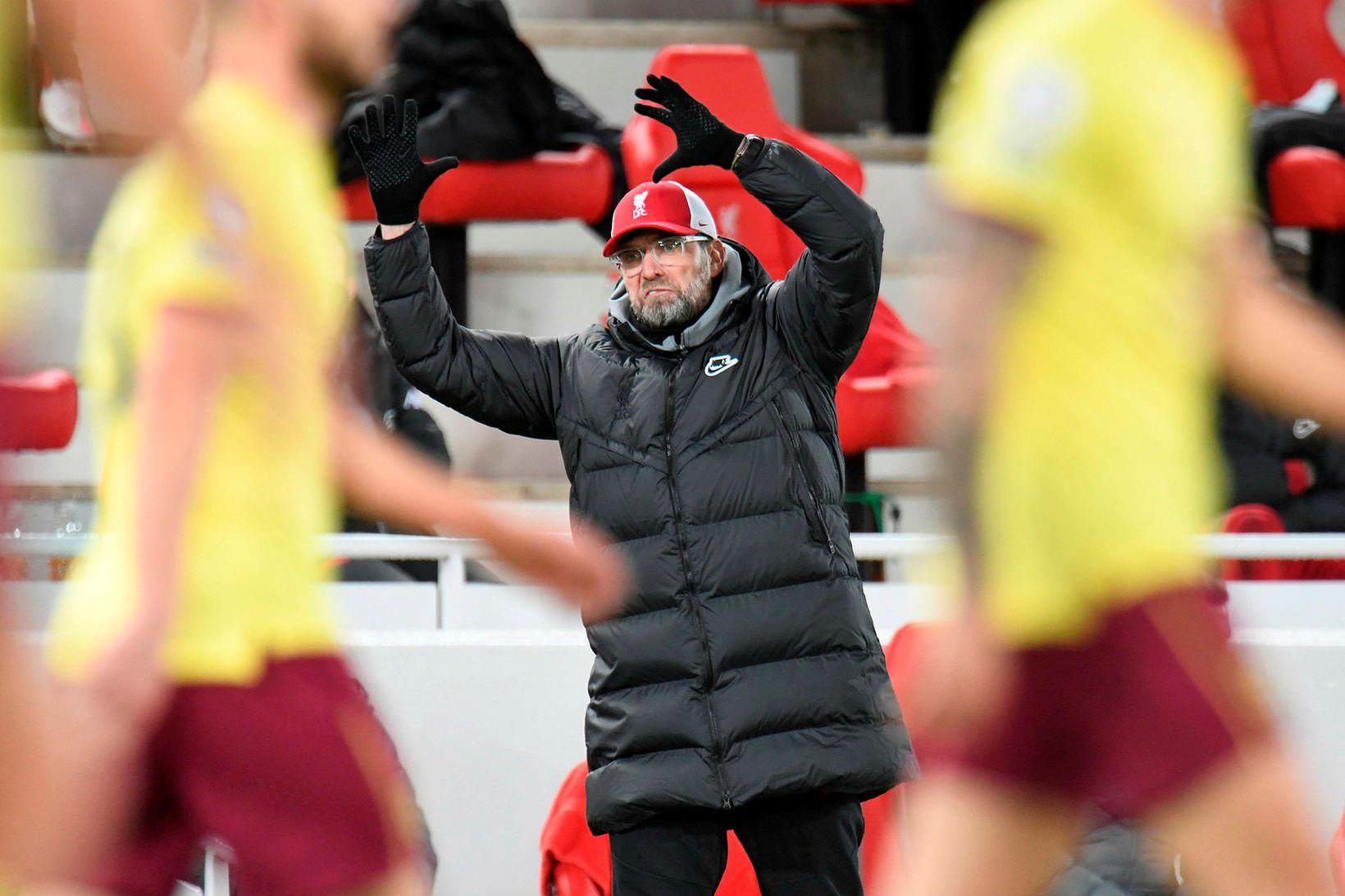 Jürgen Klopp, knattspyrnustjóri Liverpool, svekktur í leiknum gegn Burnley á …