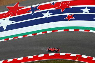 Sebastian Vettel í brautinni í Austin í gær en þá háði væta ökumönnum sem spöruðu ...