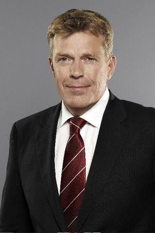 Höskuldur H. Ólafsson.